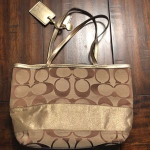 Authentic Coach hand bag. Negotiable